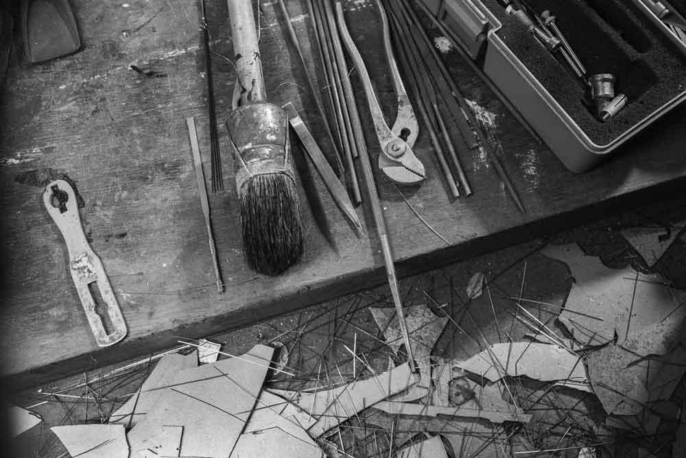 Het gereedschap van kunstenaar Bas Berkelmans - Metalen Silhouetten